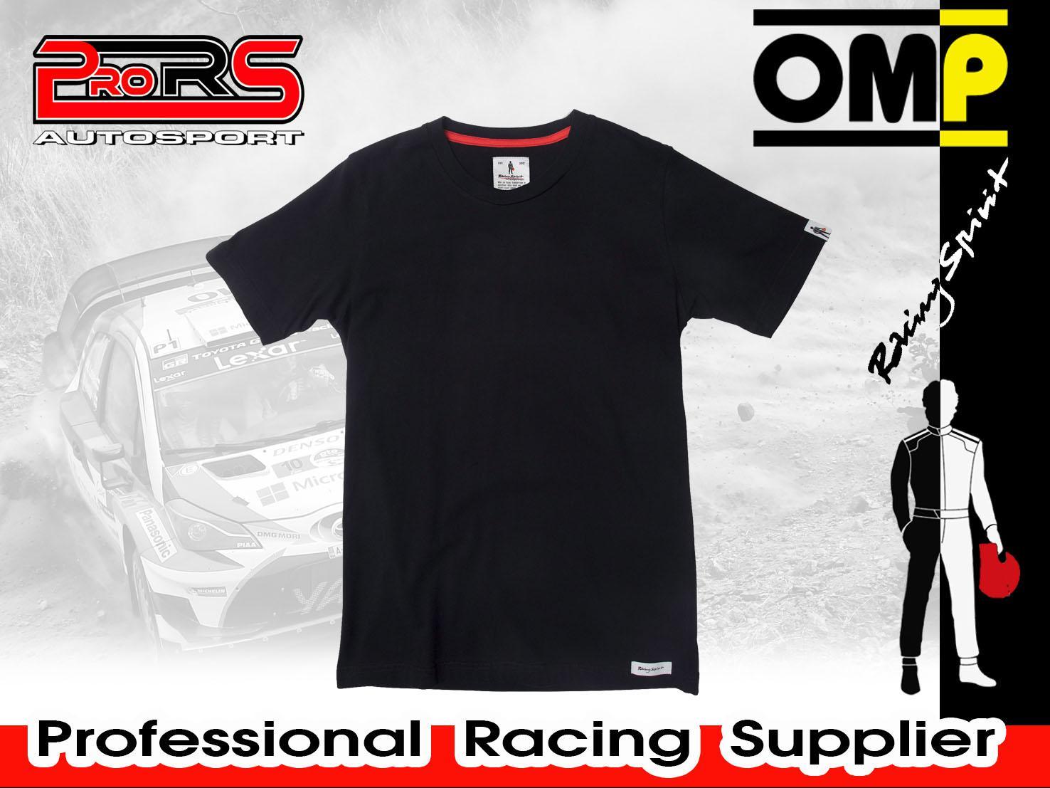 Camiseta modelo ESSENTIAL BLACK